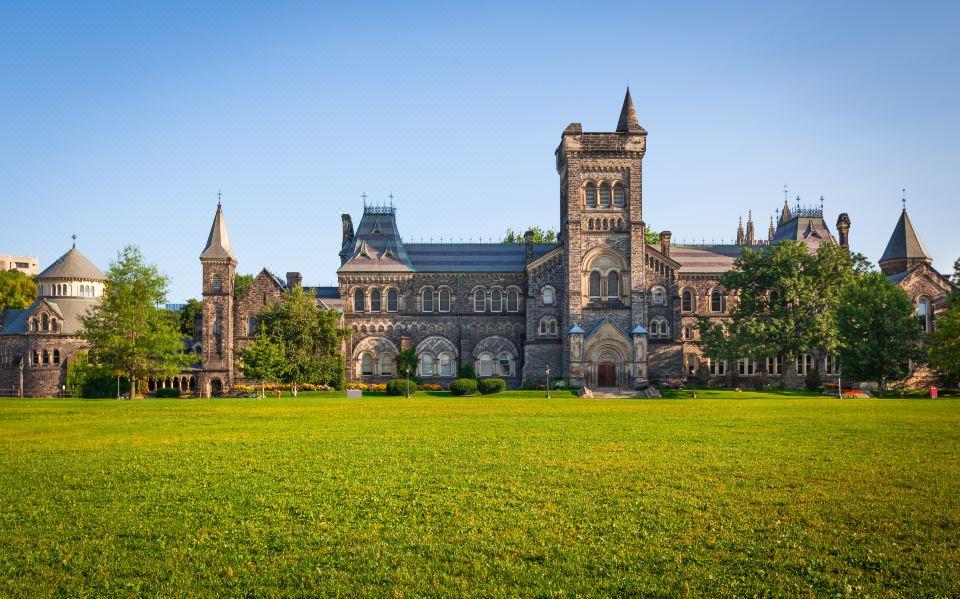 多伦多大学(UofT